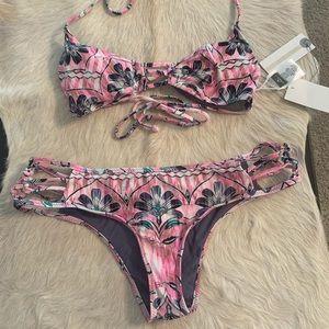 NWT O'Neill Starlis Floral Bikini